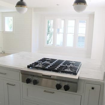 Small Hicks Pendants, Contemporary, kitchen, Benjamin Moore Glacier White, White & Gold Design