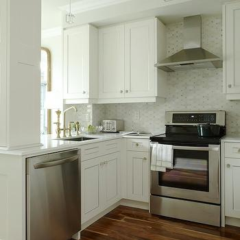 Kitchen Peninsula, Transitional, kitchen, Para Paints Whitecap, Sarah Richardson Design