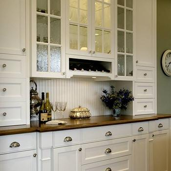Charmant ... Cabinetry Pairing With Polished Nickel Hardware. Traditional Home ·  Beadboard Backsplash