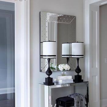 Mirrored Foyer Table Design Ideas