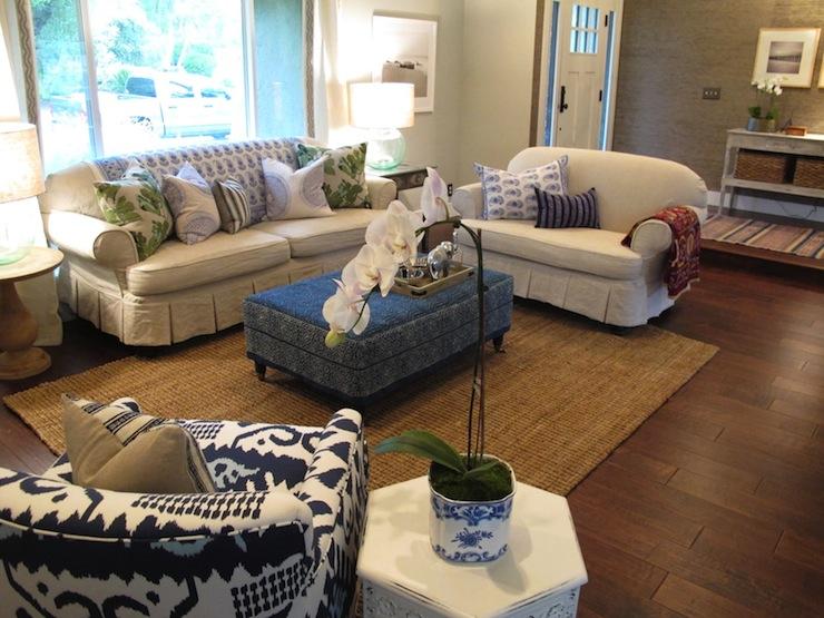 White Slipcovered Sofa Cottage Living Room Amber