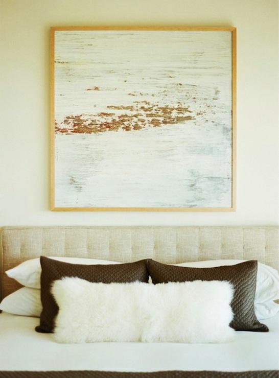 Faux Fur Bedroom Throws Design Ideas