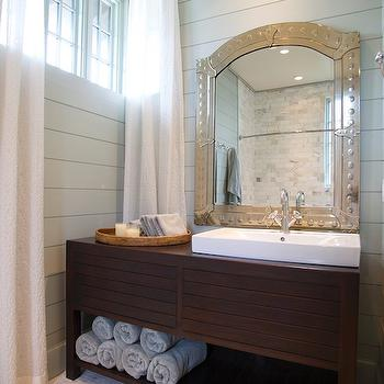 Attirant Blue And Brown Bathroom