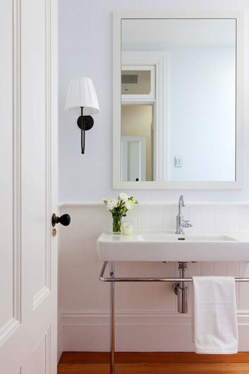 White Beadboard Bathroom Cottage Bathroom Arent Pyke