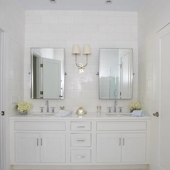 'Built In Double Vanity' from the web at 'https://cdn.decorpad.com/photos/2012/10/07/m_f514b61a3c81.jpg'
