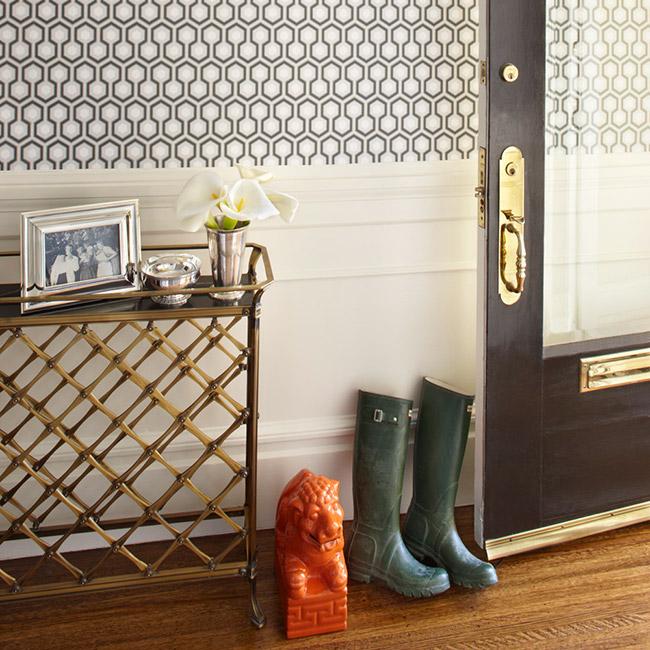 David Hicks Hexagon Wallpaper Eclectic Entrance Foyer