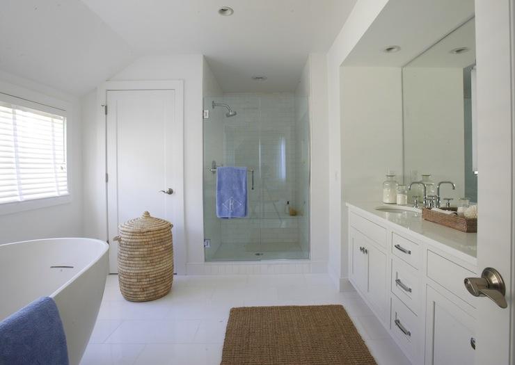 Coastal Bathroom Designs: Modern Coastal Bathroom With Woven Mirrors