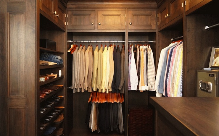 Mens walk in closet design traditional closet bakes for Men s walk in wardrobe
