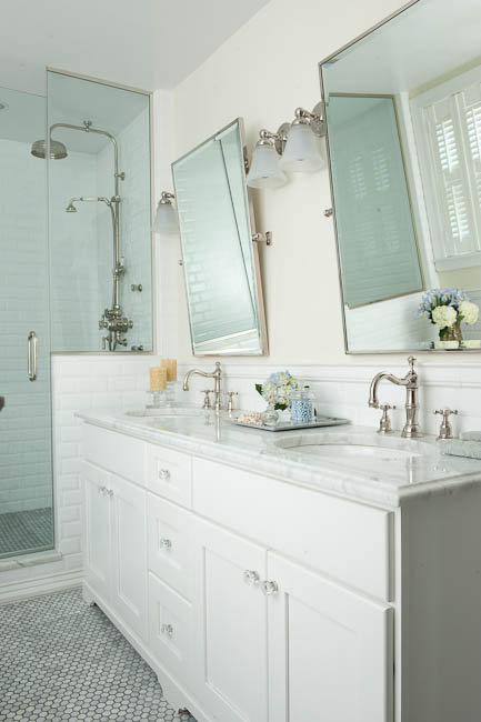 White Double Vanity With Marble Countertops