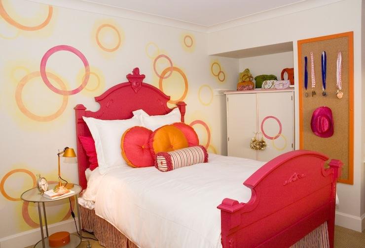 Etonnant Red And Orange Girlu0027s Room