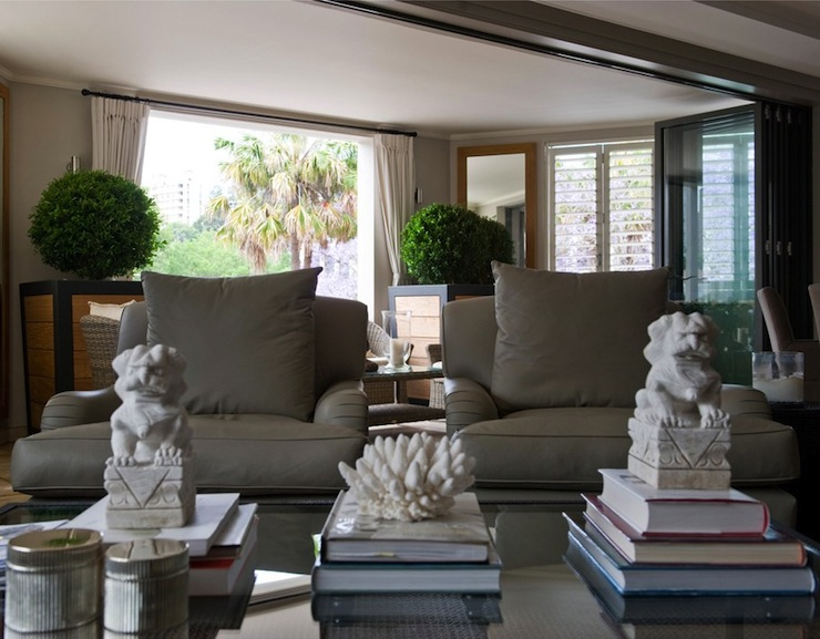 White Foo Dogs - Transitional - living room - Marco eguzzi