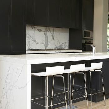 Black Kitchen Cabinets with White Countertops, Modern, kitchen, Marco Meneguzzi