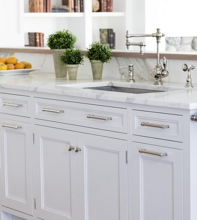 White Kitchen Cabinet Hardware