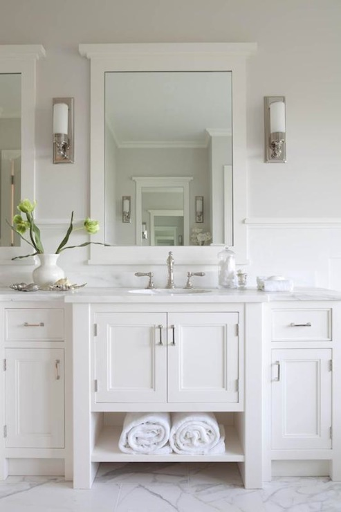 white vanity cottage bathroom hickman design