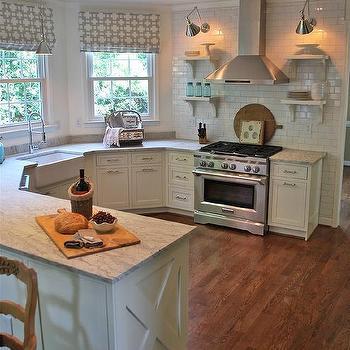 Thunder White Granite, Cottage, kitchen, Benjamin Moore Marscapone, Vreeland Road