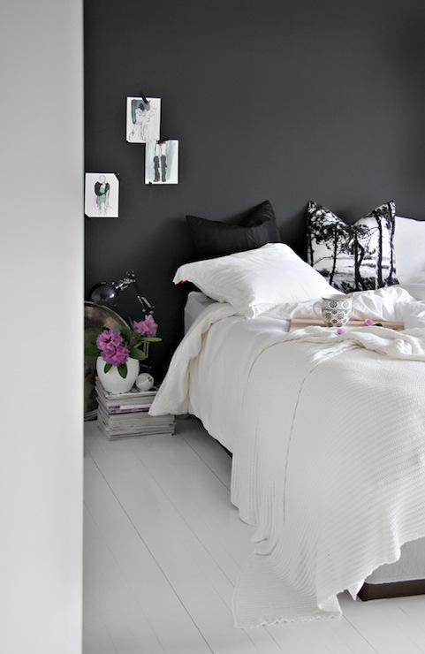 white plank floor - White Floor Bedroom