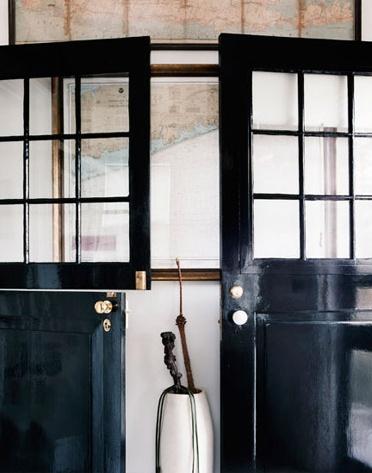 Charmant Black Dutch Doors