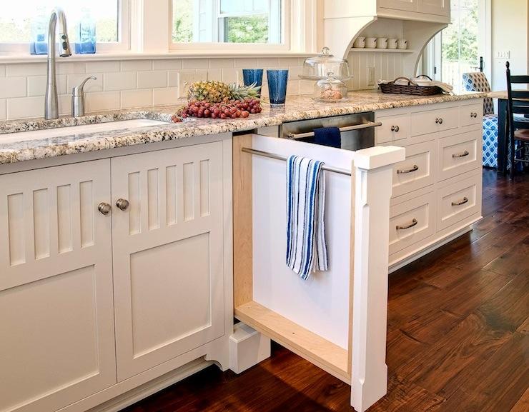 Polar Cream Granite Cottage Kitchen Farinelli