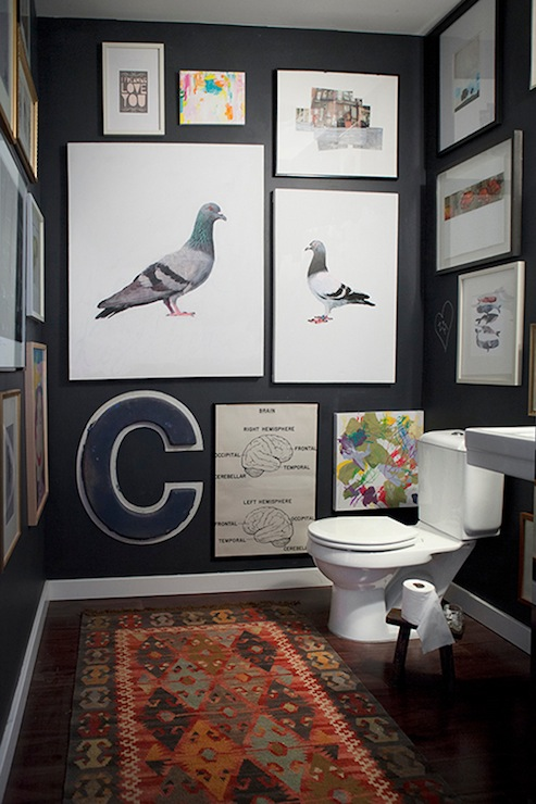 22 Eclectic Ideas Of Bathroom Wall Decor: Bathroom With Chalkboard Walls