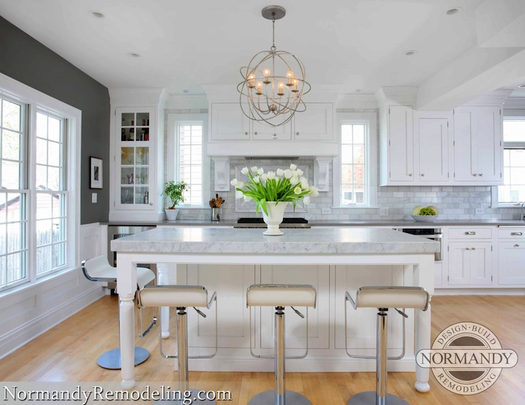 White kitchen cabinets contemporary kitchen benjamin for Kitchen grey paint colors