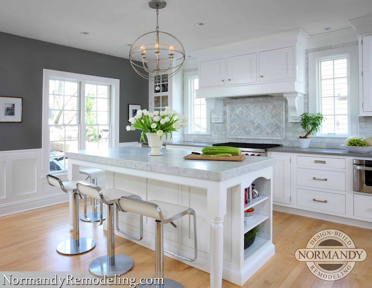 Kitchen with gray paint color contemporary kitchen for Benjamin moore kitchen paint ideas