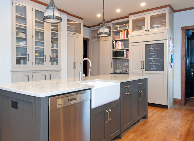 Two tone kitchen cabinets vintage kitchen jillian harris for Jillian harris kitchen designs
