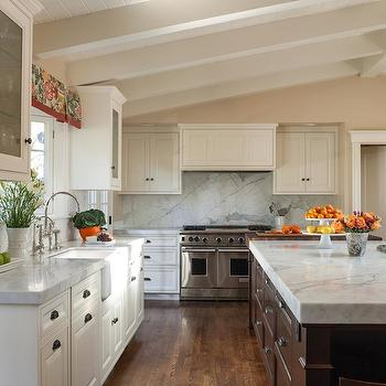kitchen cabinets vaulted ceiling kitchen with vaulted ceiling transitional kitchen 6439