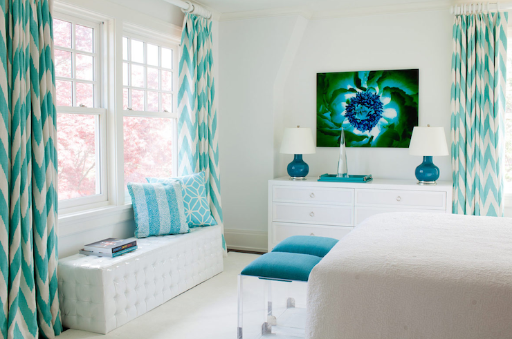 Turquoise drapes contemporary bedroom amanda nisbet for Aquamarine bedroom ideas