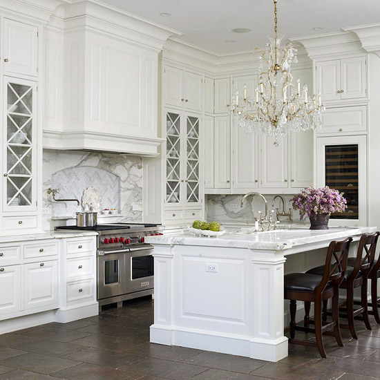 Traditional White Kitchen Cabinets Ideas: Elegant French Kitchen