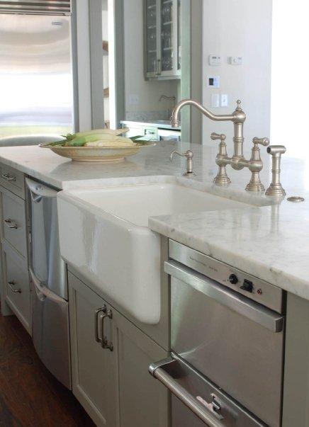 Stacked Dishwashers Cottage Kitchen Benjamin Moore