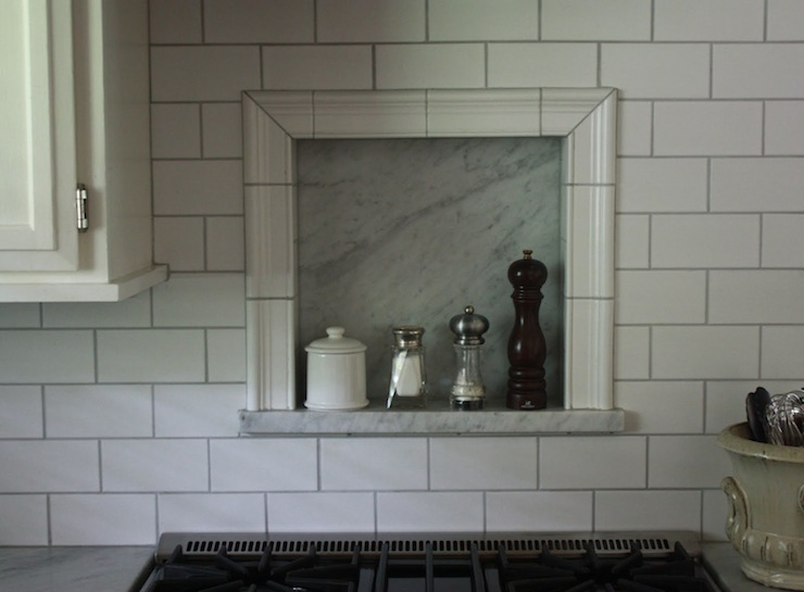 Subway Cooktop Backsplash Design Ideas