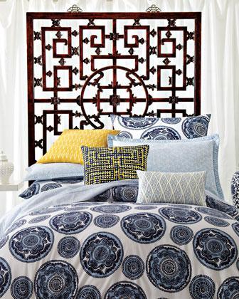 blue and white medallion bedding
