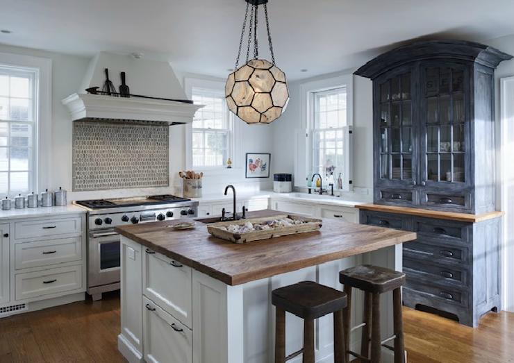 Honeycomb lantern contemporary kitchen buckingham interiors for Buckingham kitchen cabinets