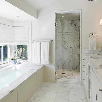 Bathtub Surrounds Design Ideas