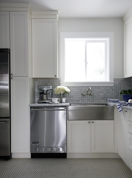 Stainless Steel Apron Front Sink Design Ideas