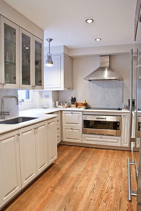 Kitchens With White Cabinets And Hardwood Floors