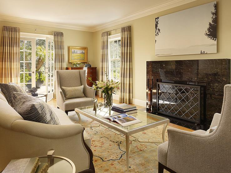 Contemporary living room benjamin moore monroe bisque - Living room with cream walls ...
