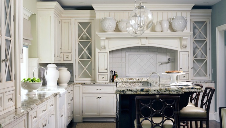 Off White Kitchen Cabinets - Traditional - kitchen - Morgan ...