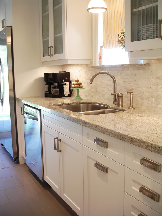 Kashmir White Granite Countertop Design Ideas