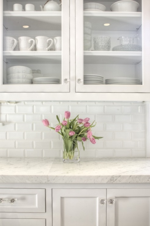 Subway tile backsplash design ideas White kitchen backsplash