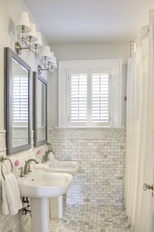 Carrara Marble Subway Tile Traditional Bathroom