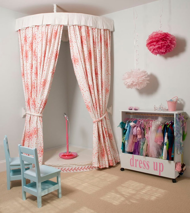 Adorable Full Kids Bedroom Set For Girl Playful Room Huz: Kids' Dress Up Playroom
