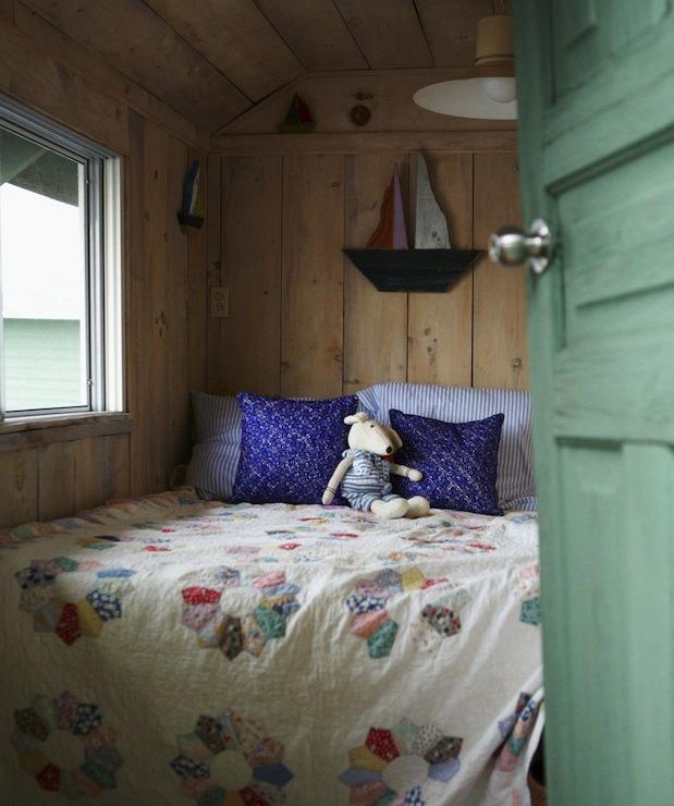 Rustic plank walls cottage bedroom anne hepfer designs for Rustic cottage bedroom