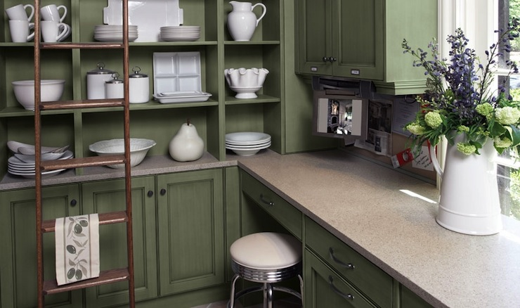 Country kitchen cabinets country kitchen downsview for Kitchen cabinets green