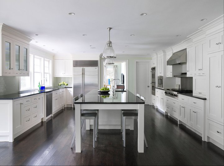 White kitchen cabinets dark wood floors transitional for Black kitchen cabinets with dark floors