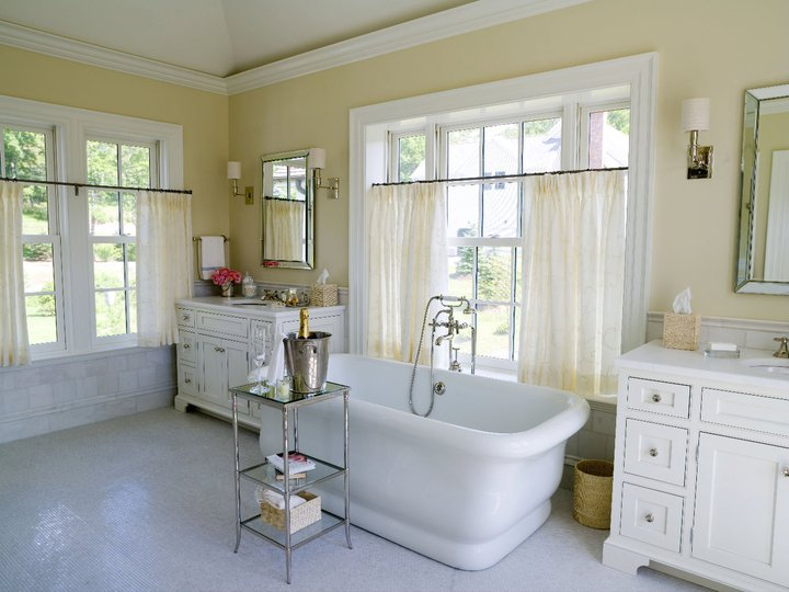 Master Bathroom Vaulted Ceiling Design Ideas