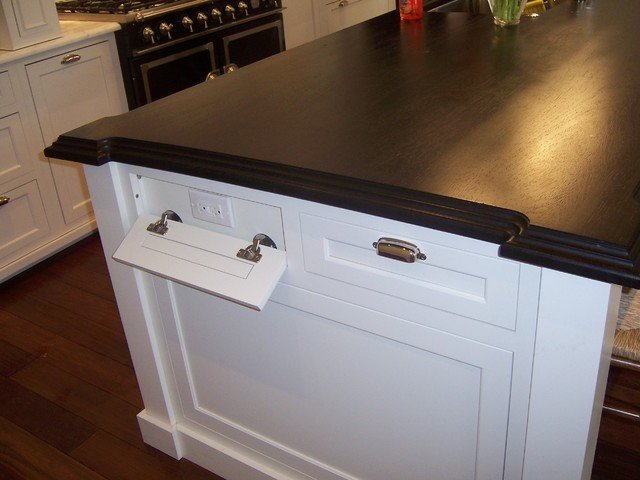 Hidden Kitchen Outlets Design Ideas