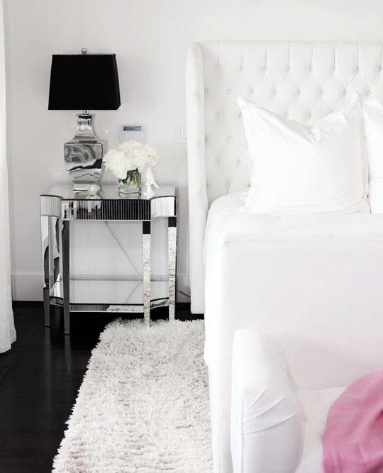 Mirror nightstand contemporary bedroom benjamin for Bedroom mirror inspiration