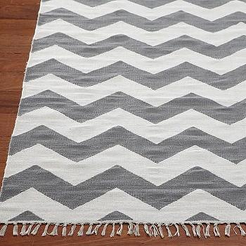 Nu Loom Delhi Chevron Soft Gray Area Rug