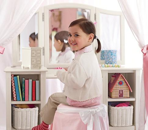 Marvelous Madeline Play Vanity   Pottery Barn Kids